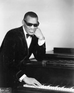 Ray Charles (ph. Maurice Seymour) [domaine public]