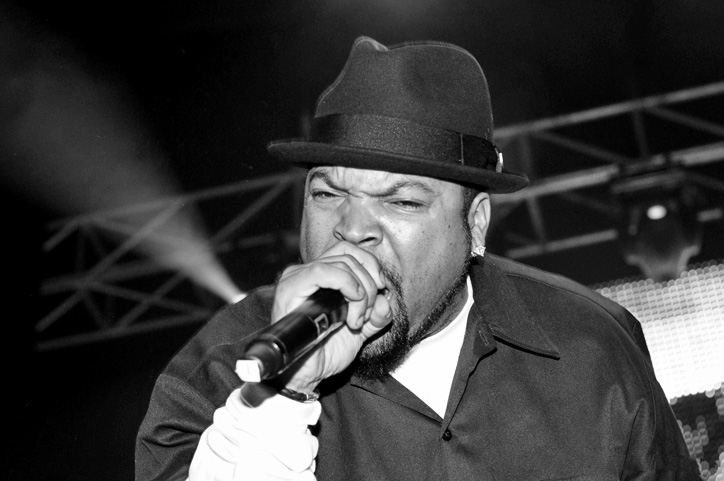 Ice Cube en 2010 (ph. Stuart Sevastos) [CC BY 2.0]